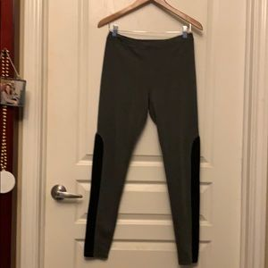 Nordstrom Leggings with accent fabric